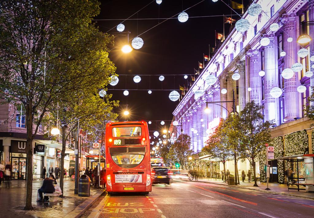 Immagini Di Londra A Natale.Tour Delle Luci Di Natale In Bici A Londra Scopri Come